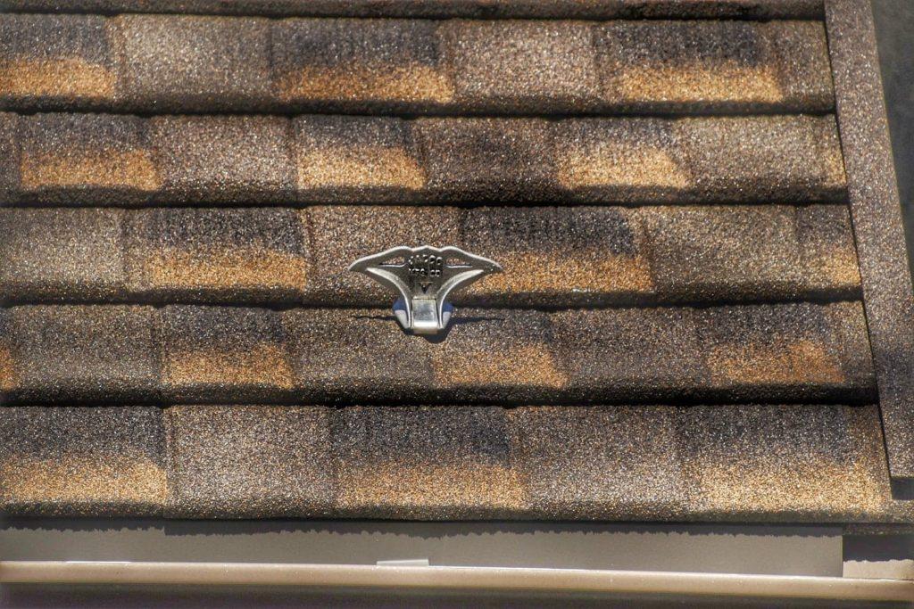 jalco snowguards brown-beige-shingle roof snowguards - closeup 1- 86350378